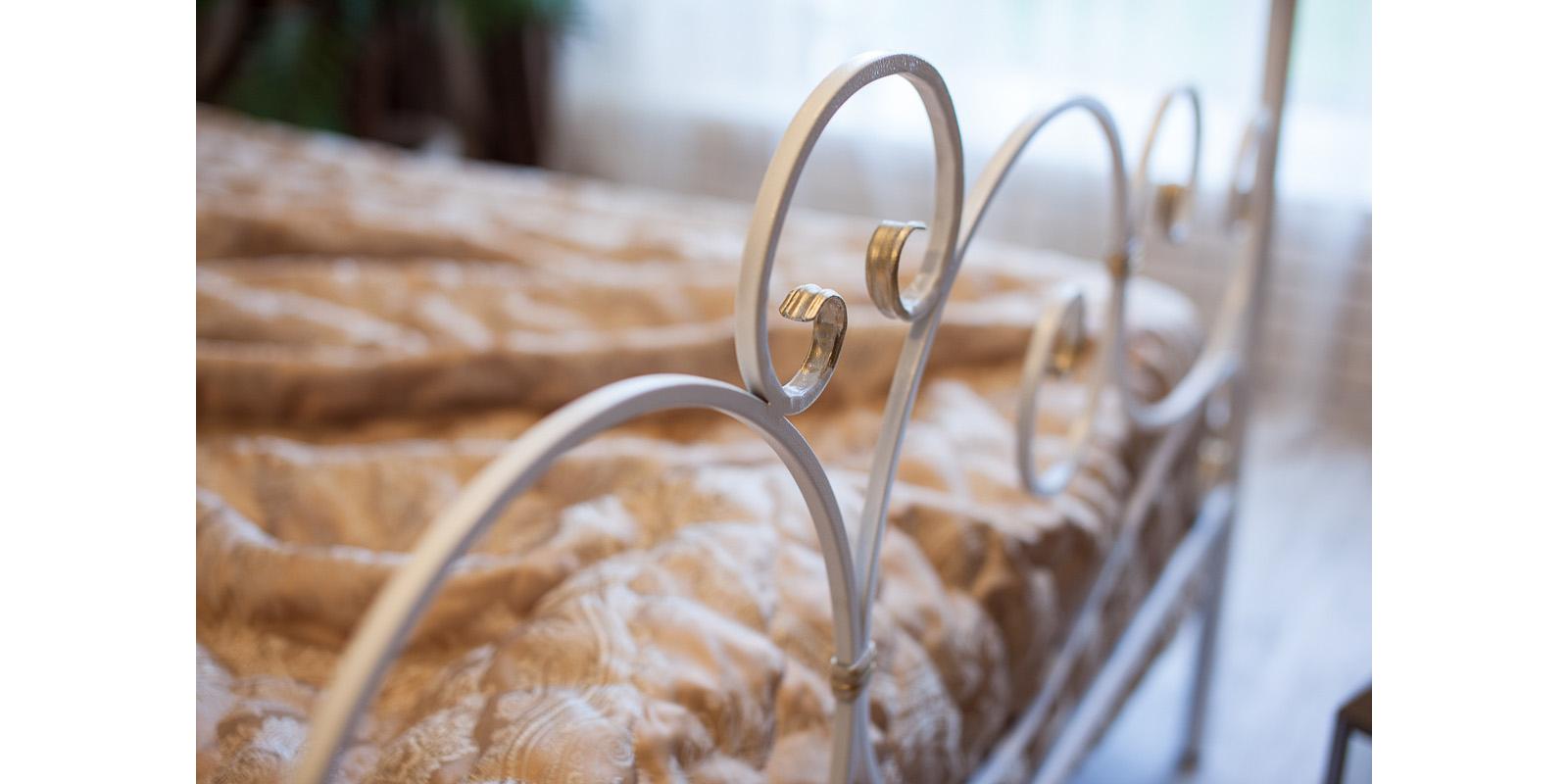 Металлическая кровать 160х200 Флоренция с ортопедическим основанием (белый с золотом) S014/2-6