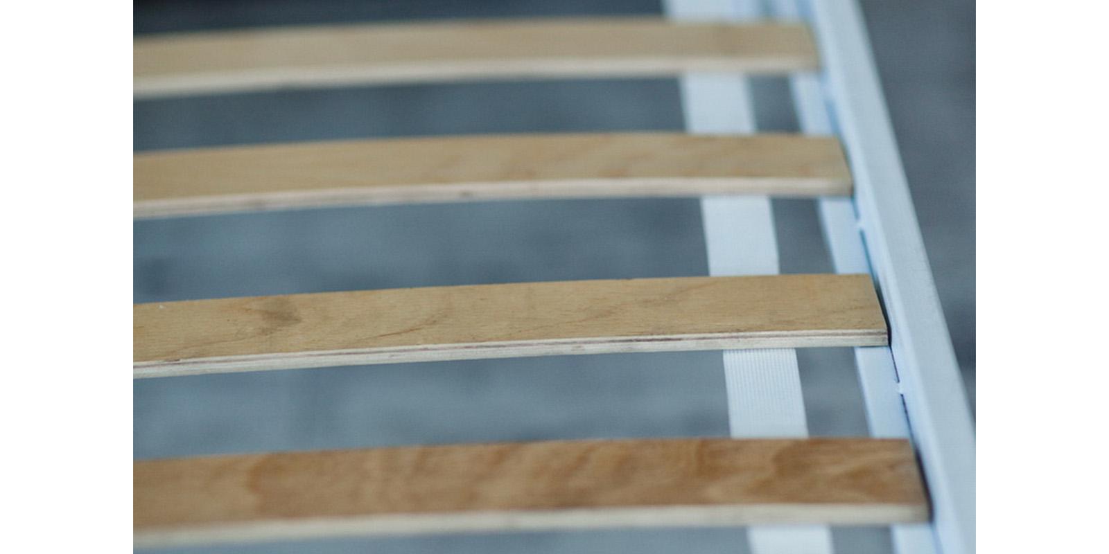 Металлическая кровать 140х200 Камелия с ортопедическим основанием (белый с золотом) S007/1-4