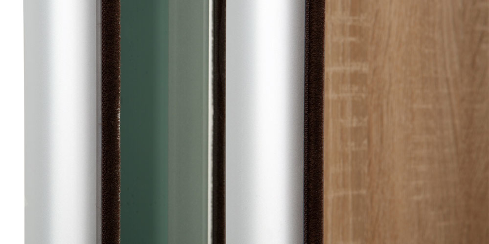 Шкаф-купе трехдверный Манхеттен дуб сонома/зеркальный от HomeMe.ru